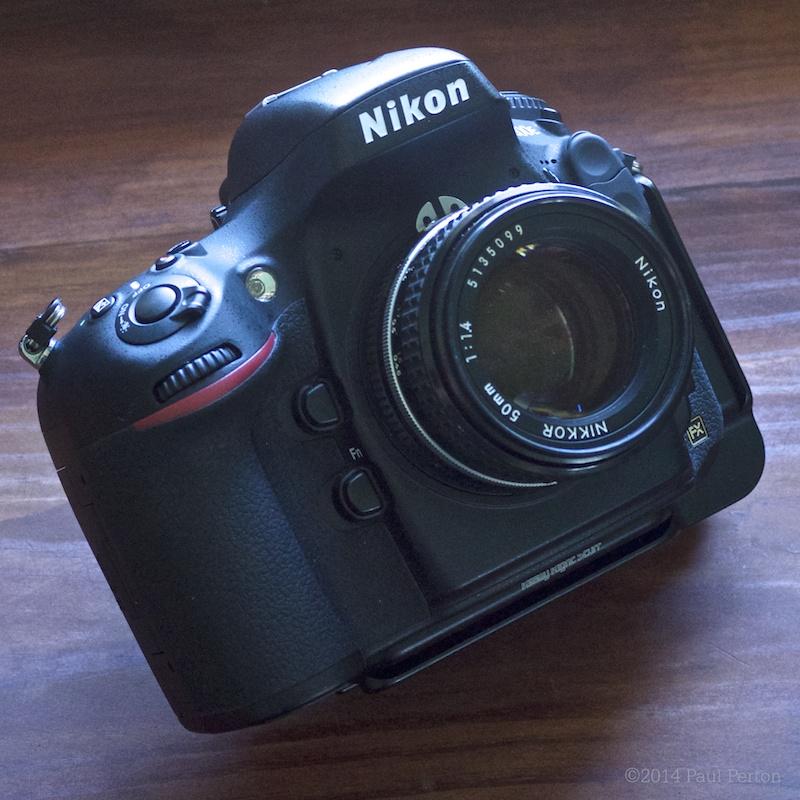 50mm f1.4 snug on my d800e
